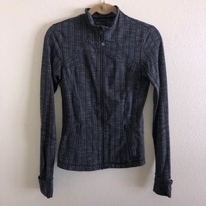 LULULEMON | Define jacket size 6